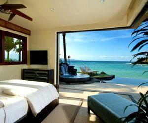 bedroom, luxury, and beach image