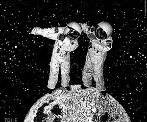 dab, astronaut, and moon image