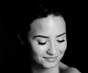 actress, beautiful, and chanteuse image