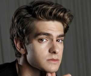 andrew garfield and boy image