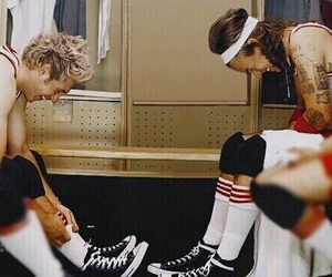 narry, niall horan, and Harry Styles image