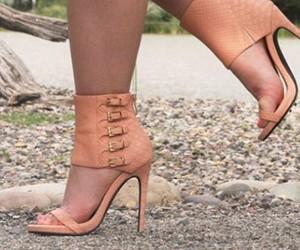 nude heels image