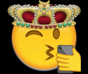 king, emoji, and Queen image