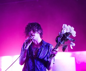 music and matthew healy image