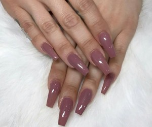 nails and unerenoi.509 image