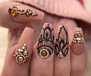 acrylicnails and hennastyle image