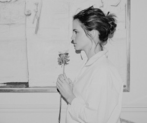 emma watson, beauty and the beast, and flowers image