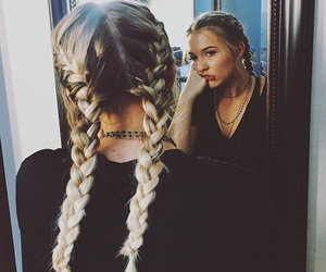 braids, nashville, and lennon stella image