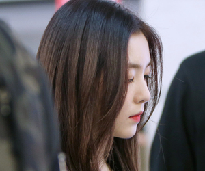 airport, red velvet, and irene image