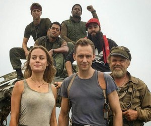 brie larson, tom hiddleston, and kong skull island image