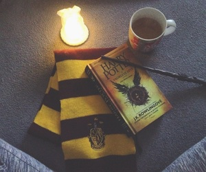 book, chill, and hogwarts image