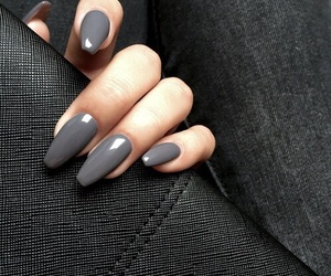nails, grey, and beauty image