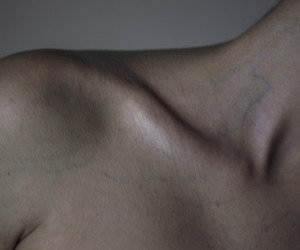 aesthetic, collarbones, and skin image