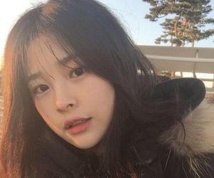 girls and korean image