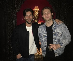 luke hemmings, Josh Peck, and 5sos image