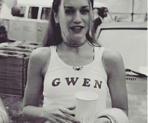 gwen stefani and 90s image