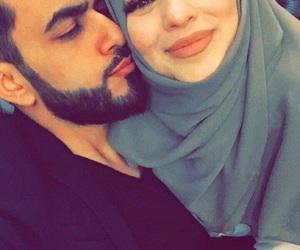 couple, lové, and محجبات image