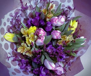 boquet, tulips, and violet image