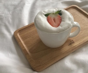 aesthetic, soft, and strawberry image