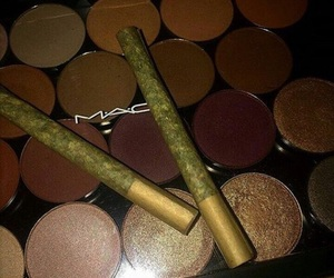 mac, weed, and eyeshadow image