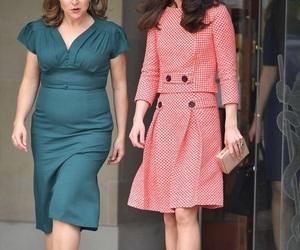 cambridge, duchess, and kate middleton image