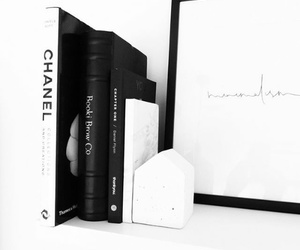 books, goals, and inspo image