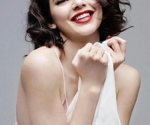 beauty and kendall jenner image