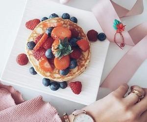 berries, strawberries, and yummi image