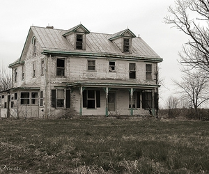 abandon, derelict, and haunted house image