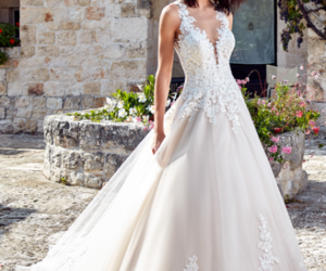 dress, jewelry, and markchic reviews image