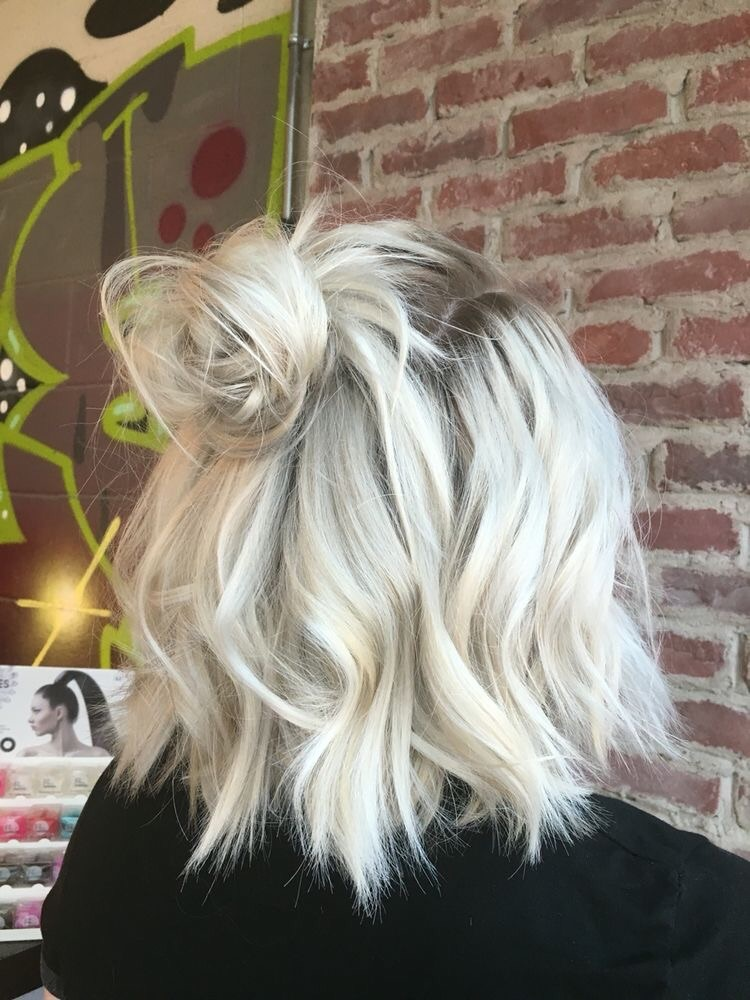 Short Blonde Wavy Hair Discovered By