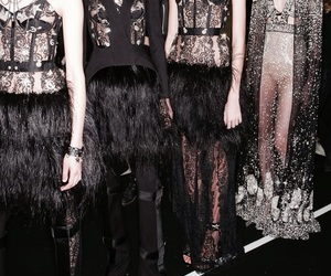 Alexander McQueen, beauty, and chic image