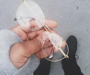 glasses, gucci, and gucci glasses image