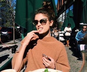 food, model, and taylor hill image