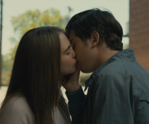 kiss, paper towns, and nat wolff image