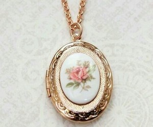 flower, necklace, and accessorie image