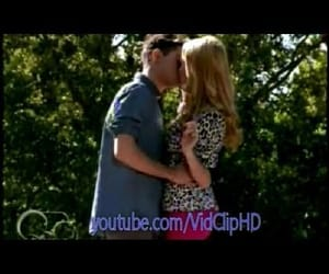 kiss, ludmila and federico, and video image