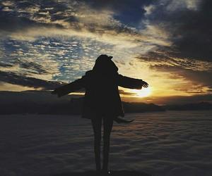 girl, kendall jenner, and sky image