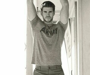 liam hemsworth, liam, and Hot image