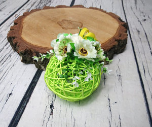 yellow and green, floral decor, and easter decoration image
