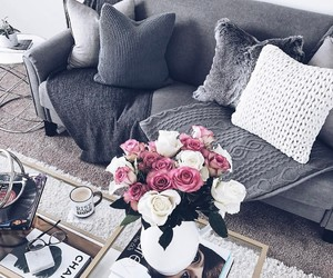 home and pillows image