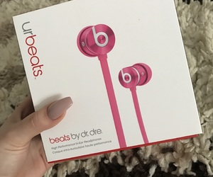 beats, pink, and beatsbydrdre image