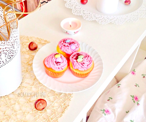 cupcakes, room, and floral candle image