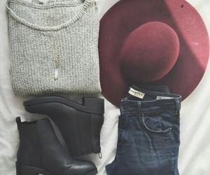 collar, sombrero, and botas image