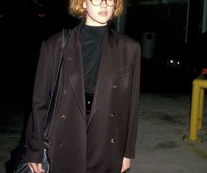Molly Ringwald and 90s image