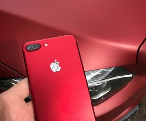 iphone7, mersedes, and 7red image