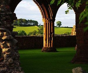 scotland and arches image