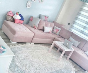 color, decorations, and living room image