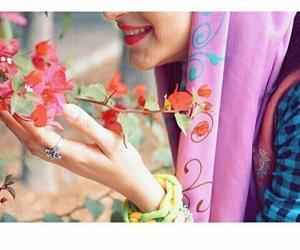 بُنَاتّ, محجبات, and ﺭﻣﺰﻳﺎﺕ image
