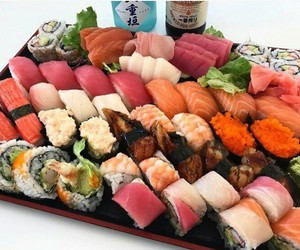 food, japan, and lunch image